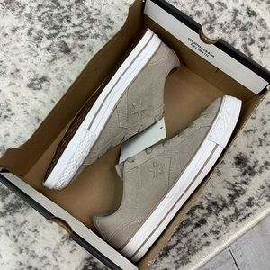 Converse Shoes - NIB Converse Star Player OX suede sneakers